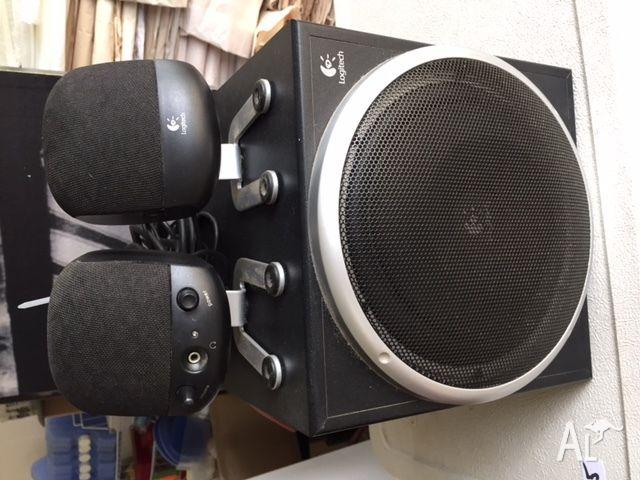 LOGITECH Computer Speakers with sub woofer