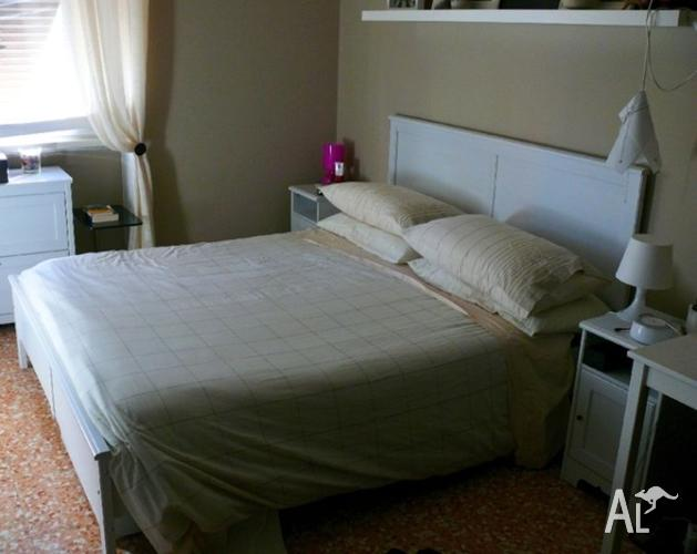Ikea Bett Quietscht Brimnes ~ Lovely Modern White IKEA ASPELUND QUEEN BED Can Deliver for Sale in