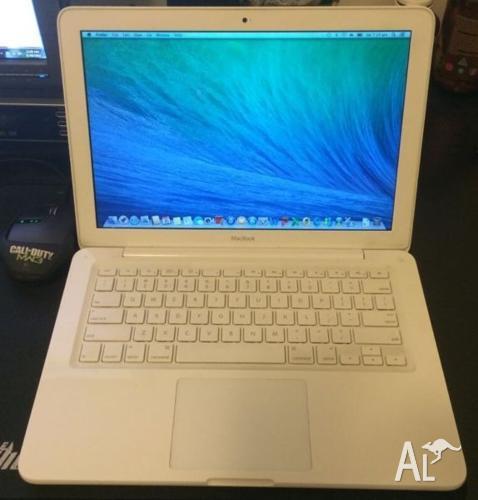 Macbook 13-inch intel 2.2G 4G Ram 320G HDD DVDRW fixed
