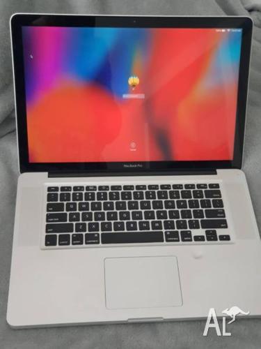 Macbook pro 15inch 120gb SSD 500gb HDD