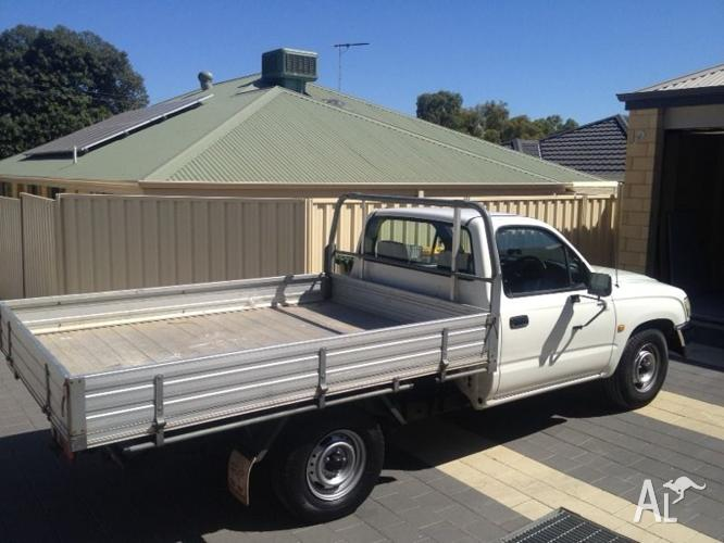 Man and Ute hire (40/hr removals)