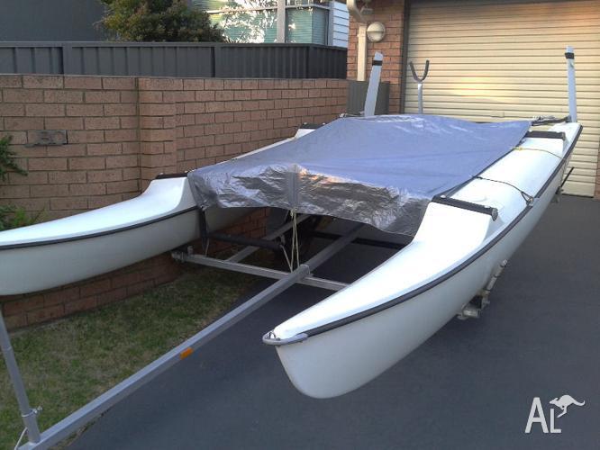 Maricat Catamaran and Trialer