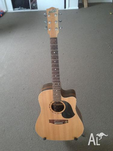 maton em325c guitar for sale in sherwood new south wales classified. Black Bedroom Furniture Sets. Home Design Ideas