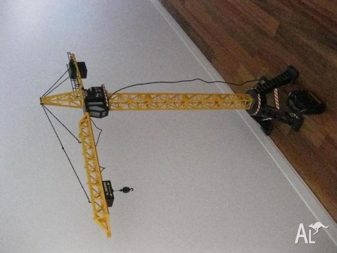 Mega Crane - Remote Control Indoor Toy Crane