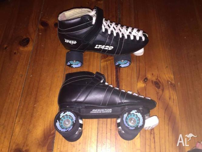 Mens black roller skates size 9.5
