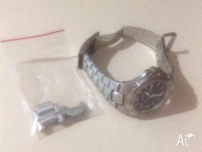 Mens CITIZEN - Quartz WR 100 - Watch