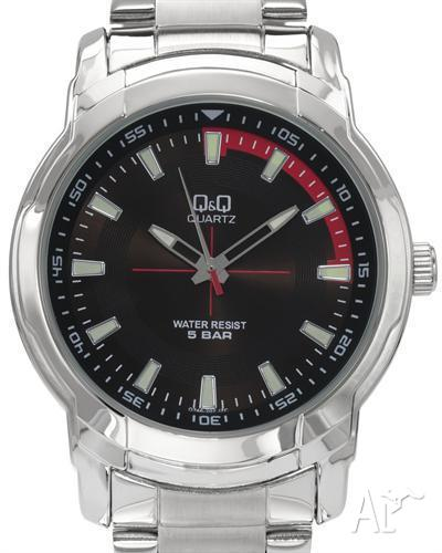 MENS Q&Q WATCH WITH TAGS AND BOXED