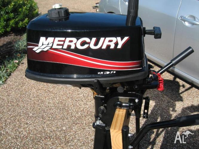 Mercury 5 HP short shaft 2 stroke outboard motor as new for