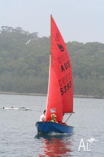 Towing mirror dinghy autos post for Mirror yacht