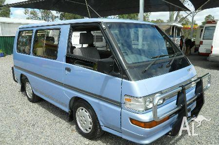 MITSUBISHI STARWAGON GLX SH  1993
