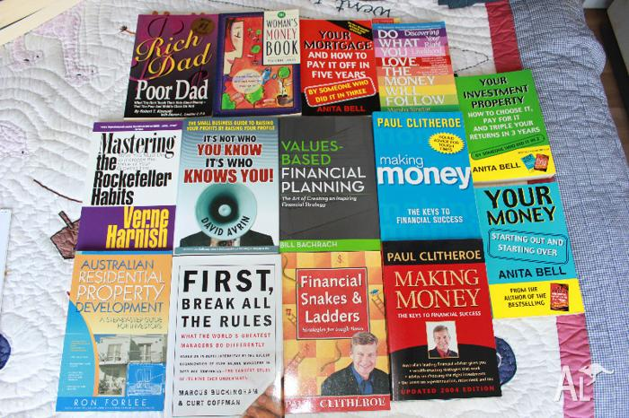 Money/ Financial Management / Investment Books (total