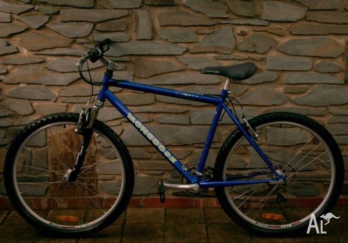 MONGOOSE 24Spd, Medium, M/Bike.