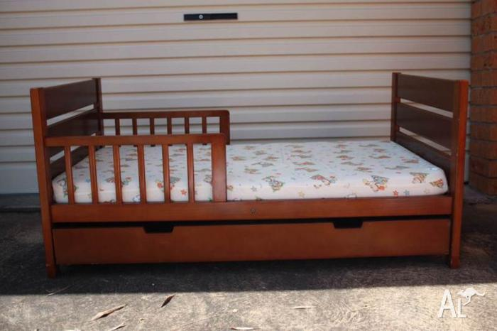 Mother's Choice Toddler Bed.