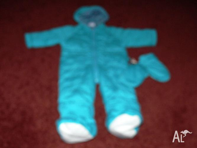 MOTHERCARE 70CMS SNOW SUIT WITH CLIPS ON BOOTS AND