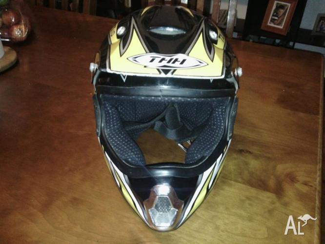 MOTO X Helmet XL