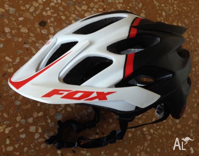 Mountain Bike Helmet - FOX Flux (6 days use)