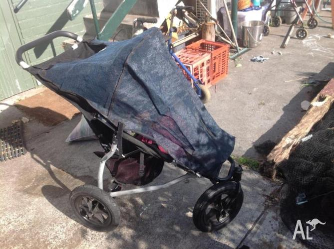 Mountain buggy Urban single pram, with shade cover, GC