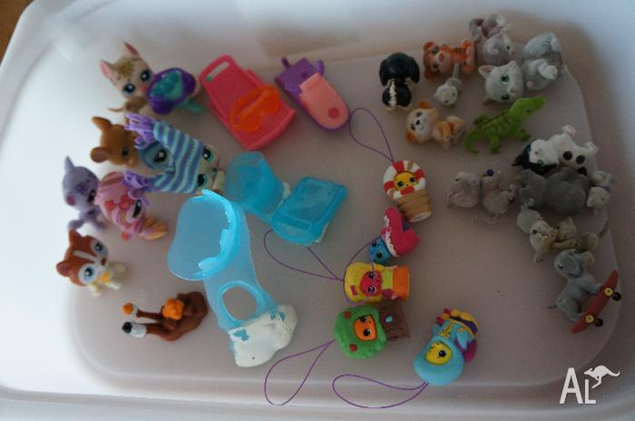 My littlest pet shop, little animal figures and toys
