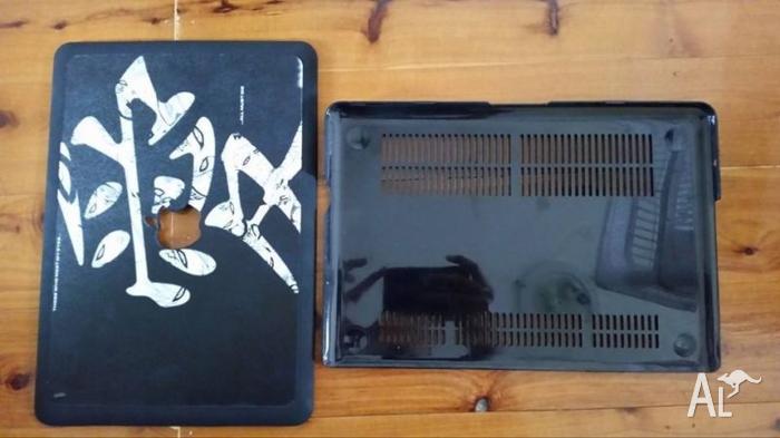 Naruto Macbook Pro Case -- RARE --
