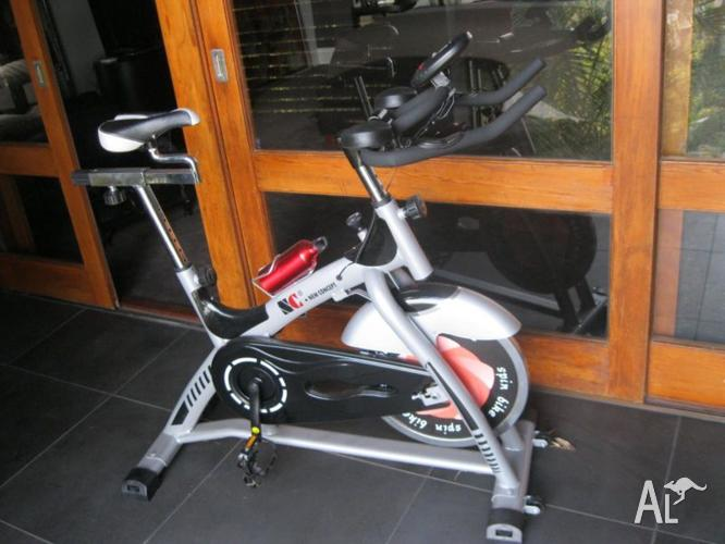 NEW CONCEPT-COMMERCIAL SPIN EXERCISE BIKE-28 KG