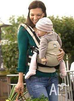 new in box Including postage Manduca Baby Carrier