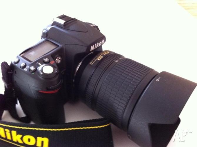 Nikon D90 with 18-105mm kit lens plus remote (Shutter