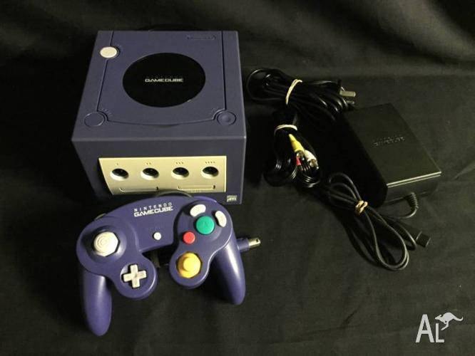 Nintendo Gamecube Console Package 1 Controller & Leads