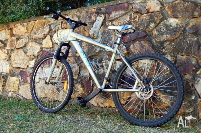Norco Katmandu Adventure Mountain Bike For Sale In Murarrie