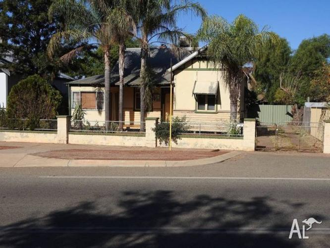 Northam W.A 6401 3X1 home for sale Great location