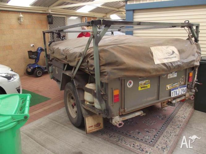 off road 4x4 camper trailer