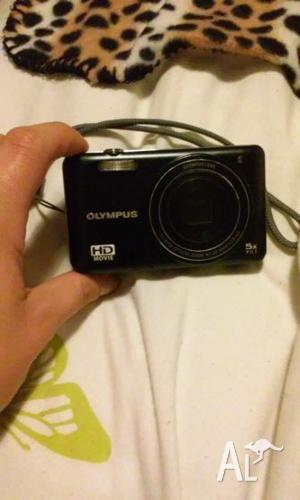 Olympus digital camera (12 mega pixel) & Accessories -