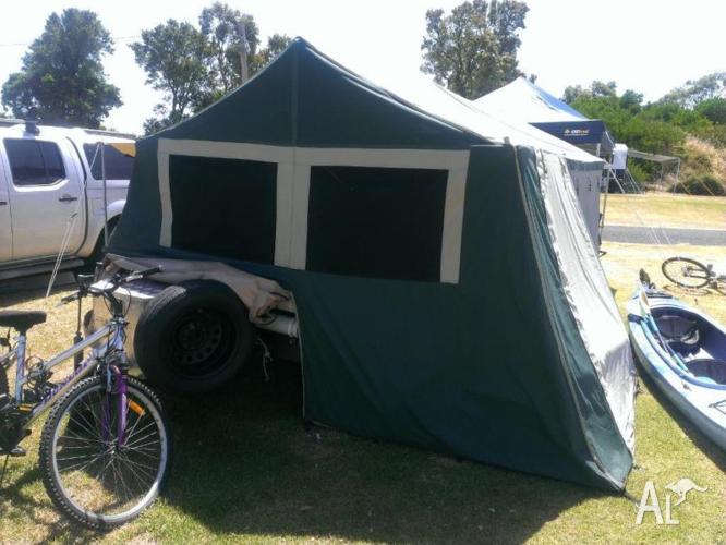 Oztrail 6 camper