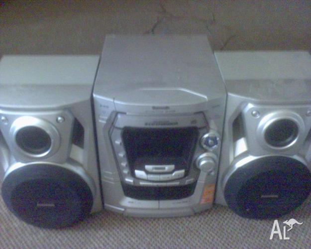 Panasonic stereo cd player