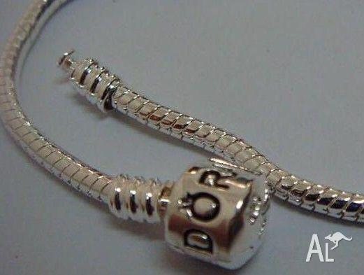PANDORA 925 Sterling Silver 18cm snake design bracelets
