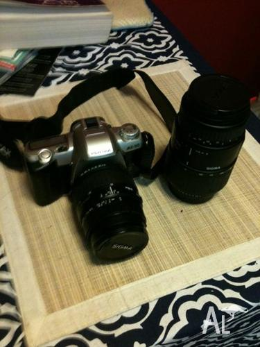 Pentax MZ-50 SLR camera