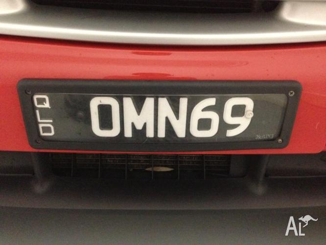 Personalized plate number OMN69