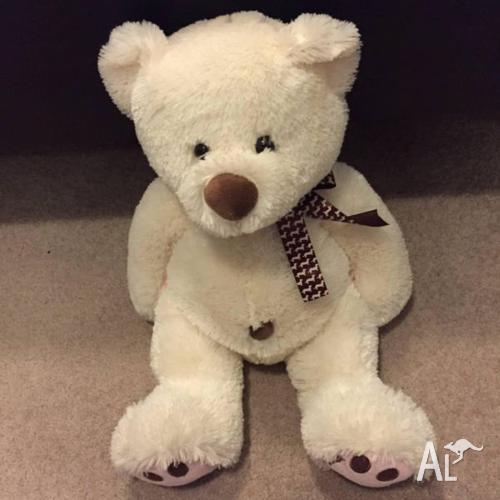 Peter Alexander Medium Size Stuffed Toy Bear