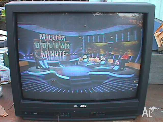 Philips 68 cm Colour TV with SCART port