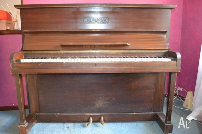 Piano Rogers Eungblut for Sale in CRAIGIE, Western ...