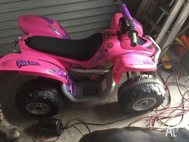 Pink quad.fantastic condition.electric