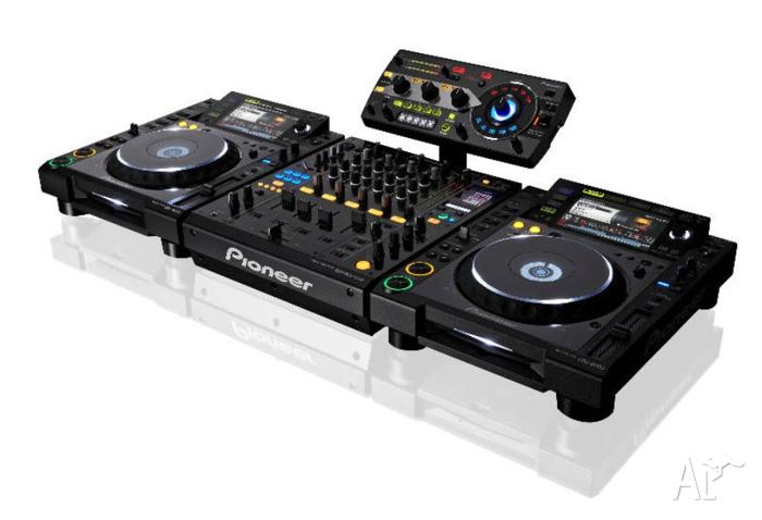 Pioneer CDJ 2000's & DJM 900 Nexus in brand new cost