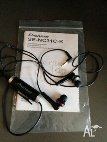 Pioneer noise cancelling headphones earbuds - Black