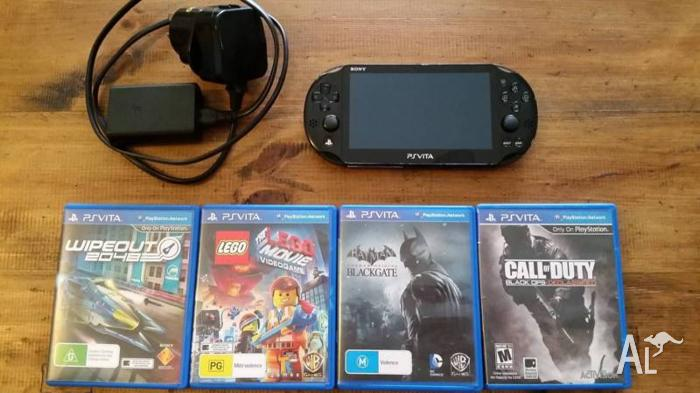 Playstation PS Vita Slim Line PCH-2006 Plus 4 Games &