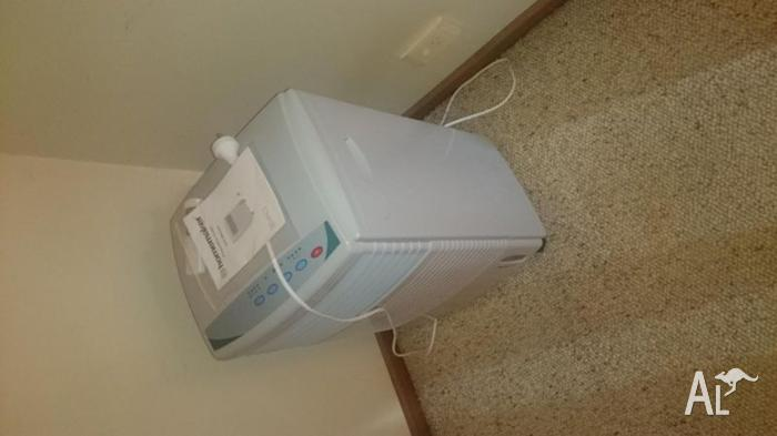 Portable evaporative airconditioner RRP $89.95 for FREE