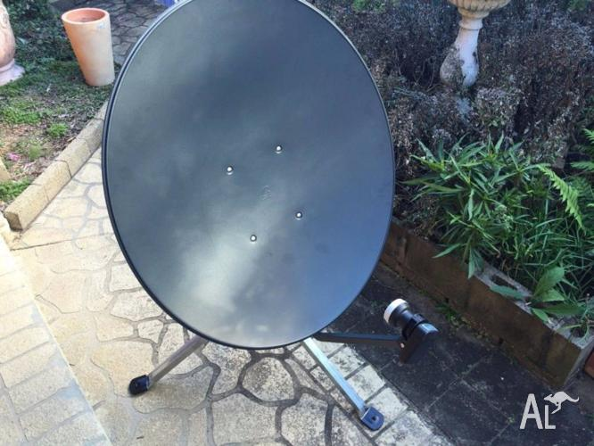 PortableSatellite Dish,VAST UEC Box,20m of Cable,Signal