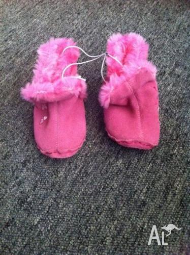 Pre-walker ugg boot slippers