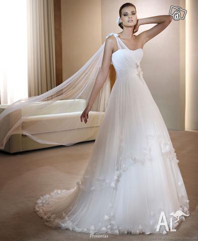 Shoulder Wedding Dress on Pronovias Farnes One Shoulder Wedding Dress In Craigieburn  Victoria