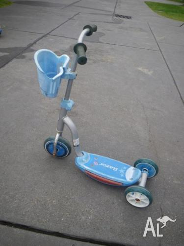 RAZOR JUNIOR 3 WHEEL ALLOY KICK SCOOTER STEP ON SCOOTER