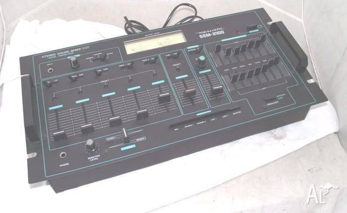 Realistic SSM-2100 Audio Mixer