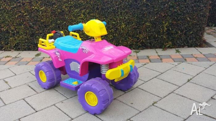 Rechargeable ride on kids quad bike